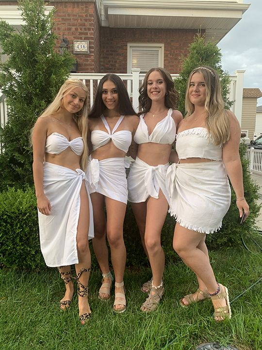 2 sexy amateur college girls