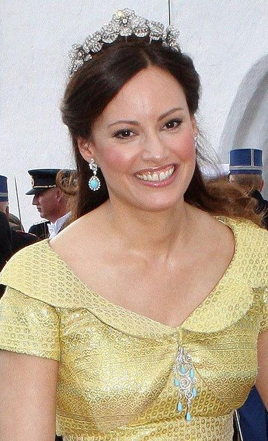 Carina Axelsson wearing the Sayn-Wittgenstein-Berleburg Flora Tiara, Germany (diamonds).
