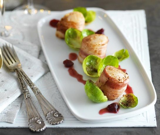 Scallops in blankets with cranberry port dressing | ASDA Recipes