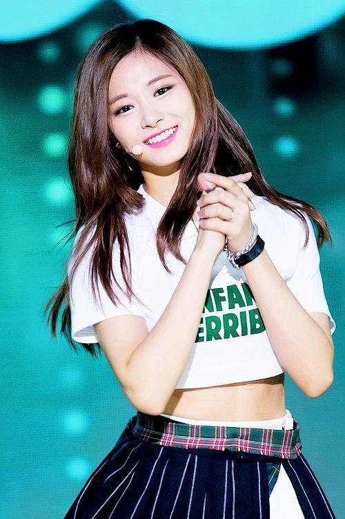 Chow Tzu Yu Model Baju Wanita Wanita Wanita Cantik