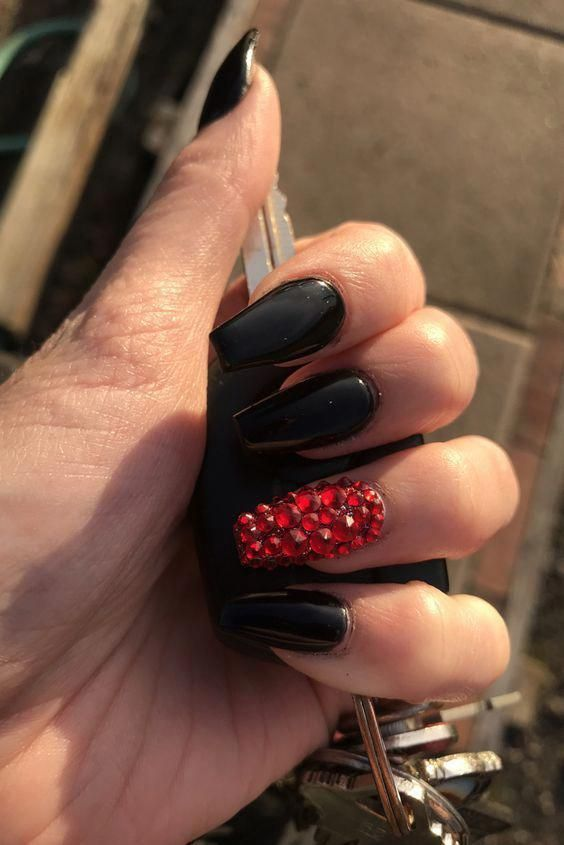 In This Mighty Style World To Have A Fabulous Glance Through Nail Masterfulness Plan And Getti Nails Design With Rhinestones Black Coffin Nails Prom Nails Red