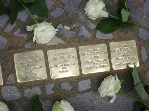 Abbildung der Stolpersteine für Familie Rosentreter. © Koordinierungsstelle Stolpersteine Berlin