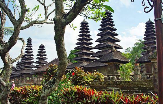 Indonezja - wyspa Bali - kiedy jechać, co zobaczyć