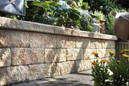 Gartenmauer Errichten Hornbach In 2020 Terrassenmauer Gartenmauer Mauer Bauen