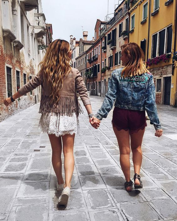 Our GUESS besties are going global this fall and taking you with them! PC: @LuisaLion and @linakottutz #LoveGUESS