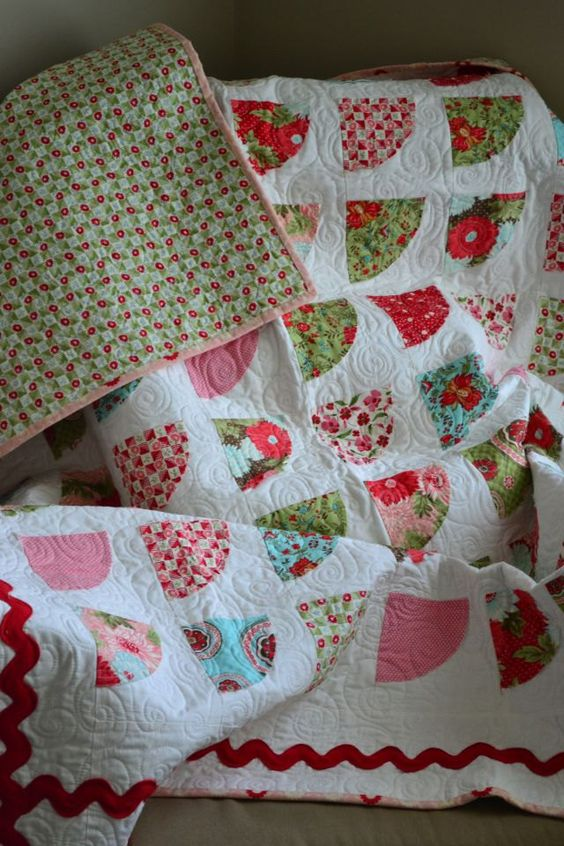 Red Pink Turquoise And Green Fan Quilt By