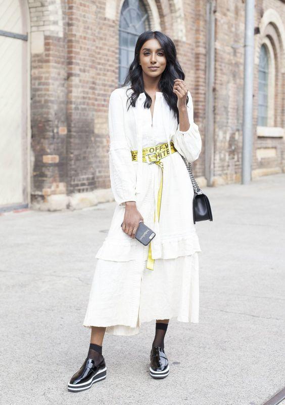 Diesen Trendgurtel Von Off White Tragen Jetzt Streetstyle Stars Modestil Outfit Mode Fur Altere Frauen