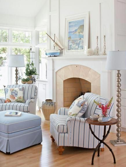 A color palette that's light, bright and mostly white fills a Wisconsin couple's home with a serene vibe. #Beachcottages