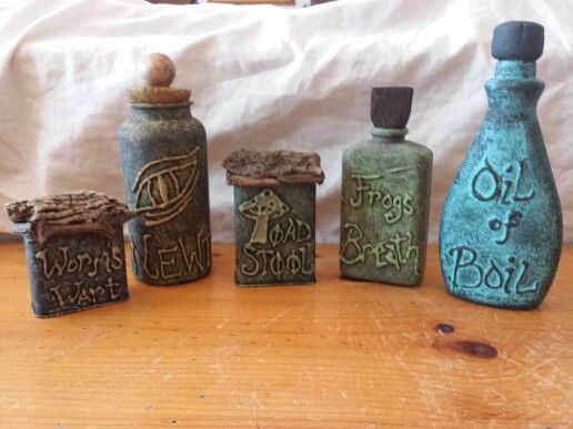 Halloween diy apothecary jars made from spice tins pill for Halloween medicine bottles