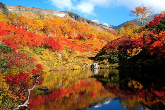 Daisetsuzan (Hokkaido) When to go: Mid-to-late September