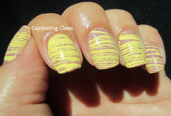 Captivating Claws- Water Marble Stripes!!
