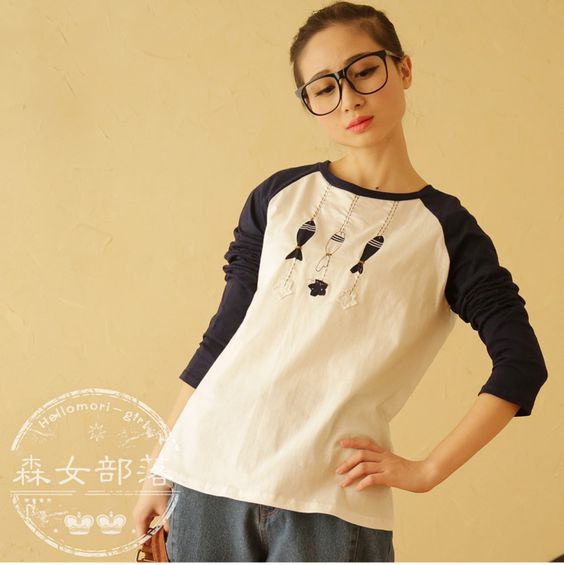 Packages mailed the new spring 2015 women's clothing, women are cartoon patch long-sleeved cotton round neck T-shirt
