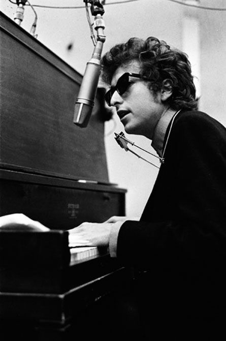 Bob Dylan - Percy's Song - http://www.youtube.com/watch?v=ONJjPyiurkc&feature=related