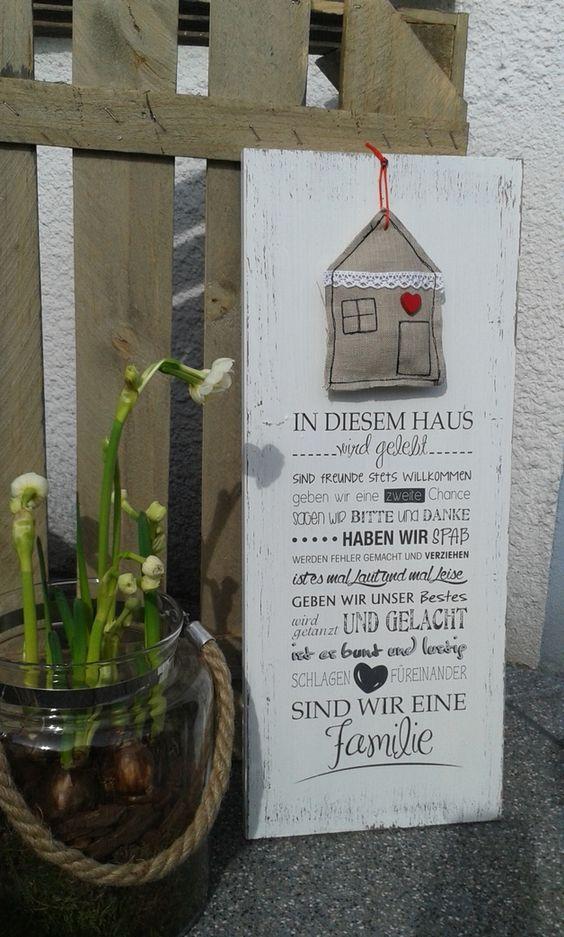 Deko-Objekte - pfeifers Holzschild - In diesem Haus - ein Designerstück von pfeifers bei DaWanda