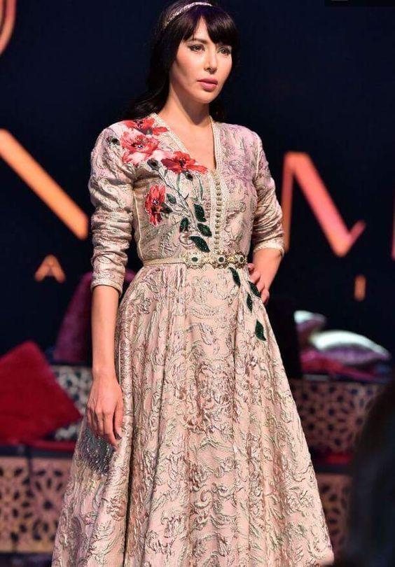 أحدث موديلات وصيحات القفطان المغربي Kaftan Maroc Moroccan Dress Moroccan Fashion Fashion