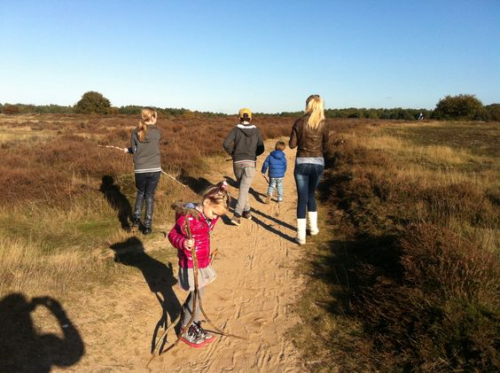 Going outdoors on the Blaricummer moor with friends & family.