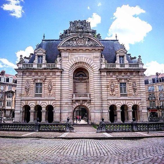 Porte Paris Lille France France Travel Lille