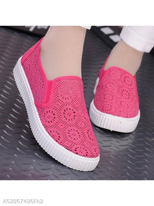 27 Casual Comfort Shoes That Will Make You Look Fantastic shoes womenshoes footwear shoestrends