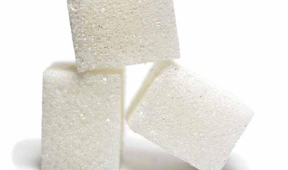Axilas oscuras: acláralas con azúcar - Trucos de belleza caseros