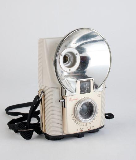 Camara Kodak Brownie Starflash  50s 60s