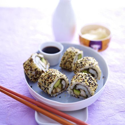 Sushi-Rolle mit Huhn