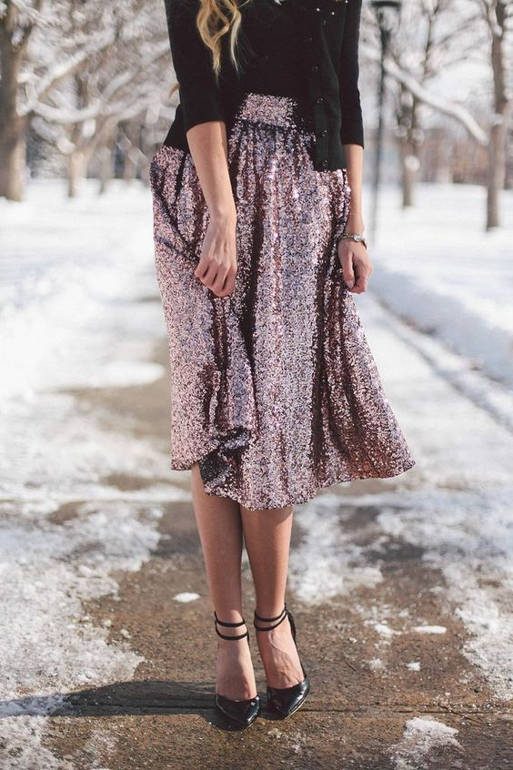 Alexa chung, Holiday outfits and Skirts on Pinterest