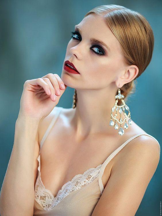 "Crystal - Fashion art shoot <a href=""http://duplyakov.com"">Site</a> <a href=""http://instagram.com/duplyakov"">Instagram</a> <a href=""https://www.facebook.com/aduplyakov"">Facebook</a>"
