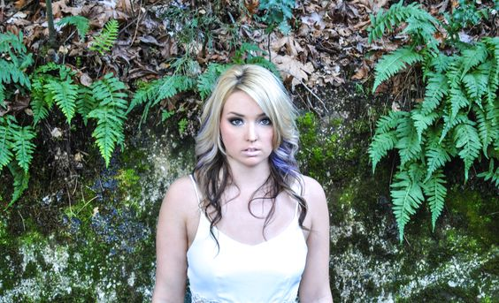 Beautiful colors, photography, outside, nature, model, Savvy Photography