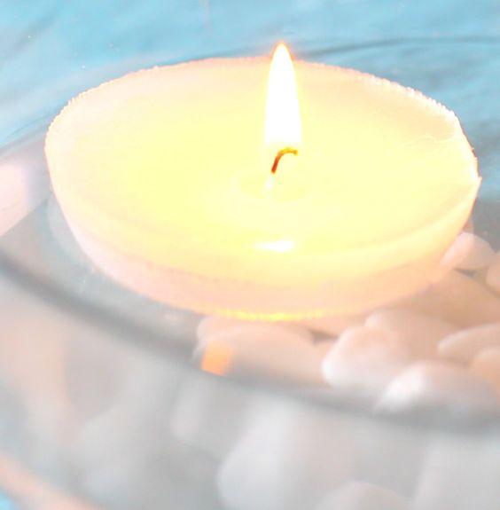 Decora tu mesa con unas velas flotantes,  tan fáciles de hacer que no lo creerás! mira el VIDEO AHORA mismo!  Decorate your table with a floating candles, so easy to do that will not believe ! Watch the video right NOW !