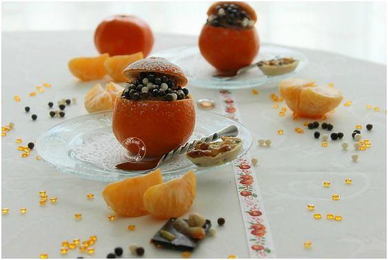 Mousse au chocolat dans sa coque de mandarine et ses billes craquantes.....Un péché de gourmandise!
