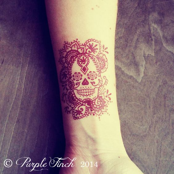 2 temporary henna tattoos sugar skull day of the dead d a de los muertos. Black Bedroom Furniture Sets. Home Design Ideas