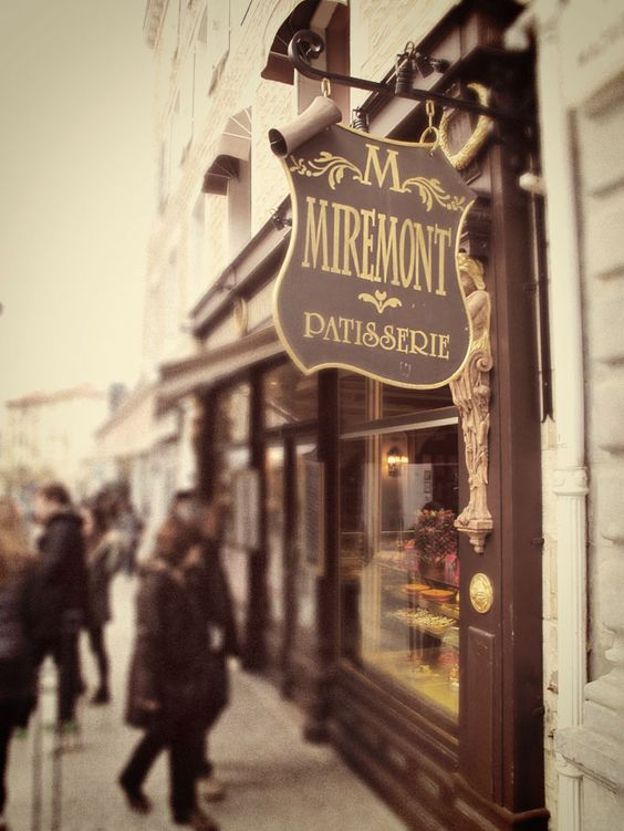 The miremont p tisserie salon de th in biarritz france - Patisserie salon de the ...