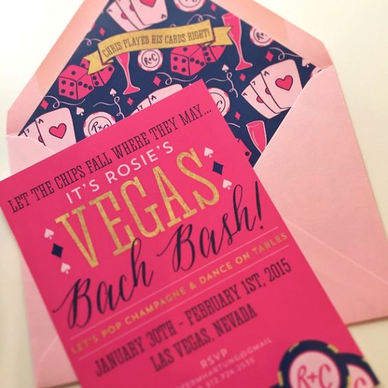 Las #Vegas #bachelorette party #invitations with a custom Vegas themed pattern on the envelope liner I Custom by Nico and Lala