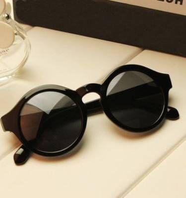 Óculos escuros modelo keyhole - óculos monka