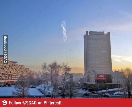Spotted a spiral cloud in Moscow. - http://www.funterest.fr/spotted-a-spiral-cloud-in-moscow.htm