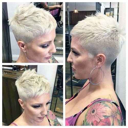 81d76b5202d309a6012db2e2853b78fd In 2020 Short Hair Shaved Sides Super Short Hair Short Hair Styles Pixie