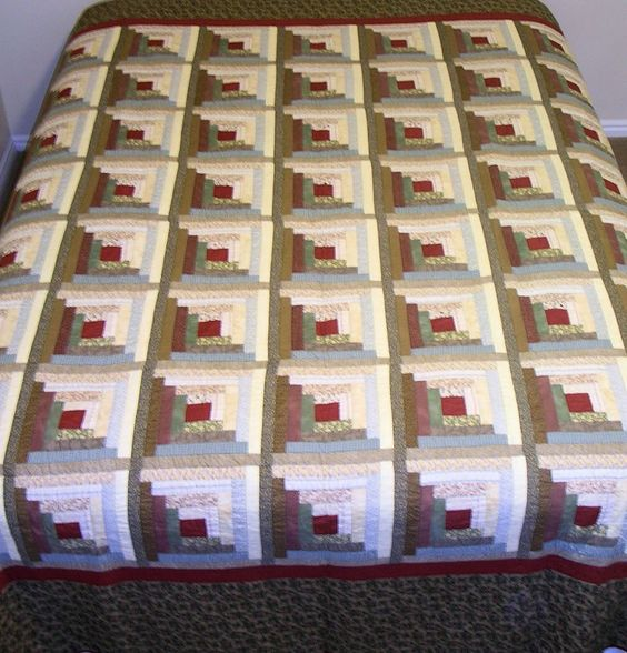 Log Cabin Quilt Pattern Free Queen Size : King/Queen size log cabin quilt. Heavily hand quilted. Was displayed in the Springville Museum ...