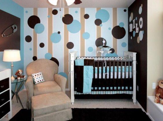 Kinderzimmer in Blau/Braun