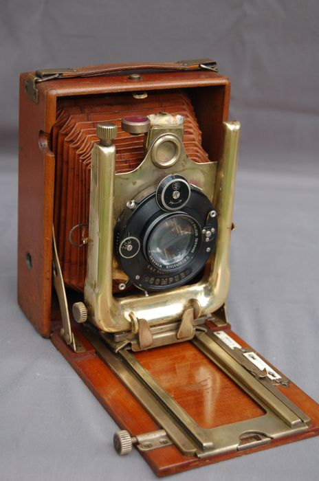 Catawiki online auction house: Tropen view camera, German, c. 1915