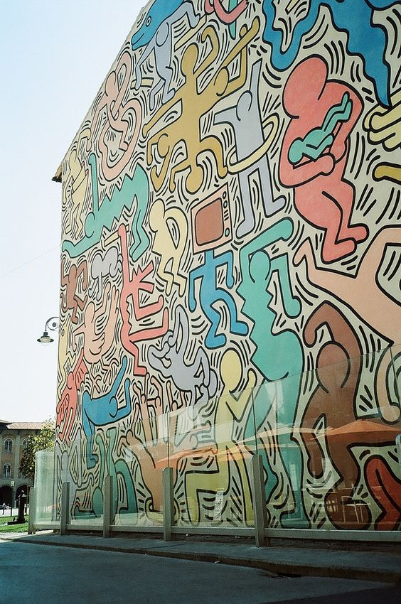 Keith Haring's 1989 last piece ---- That's something I'd like to see in downtown Wichita,Kansas .......colours!