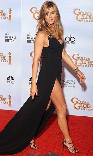 jennifer aniston golden globes black dress