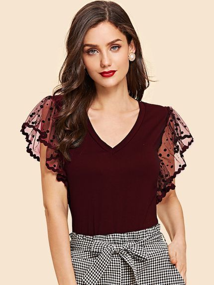 22 Clothing Details For Moms outfit fashion casualoutfit fashiontrends