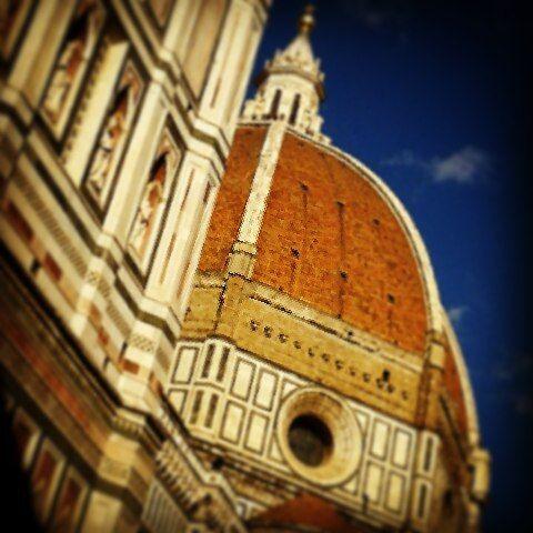 Scorci di Firenze #firenze#florence#cupoladelbrunelleschi#lacittapiubelladelmondo by monicazanieri
