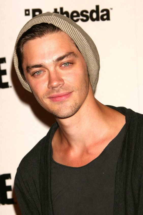 tom payne | Tom Payne cast as 'Jesus' in The Walking Dead