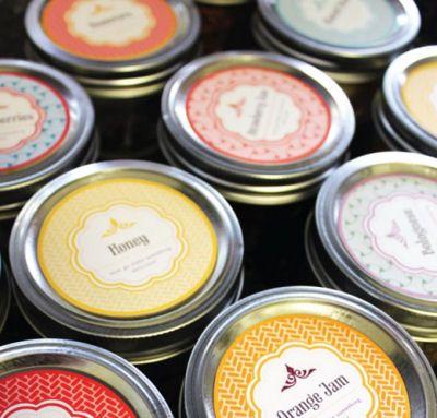 IN LOVE!!!  Super uber cute and FREE!!!!     Free Printable Mason Jar Labels