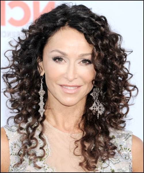 Long Naturally Curly Layered Hairstyles Øアスタイル