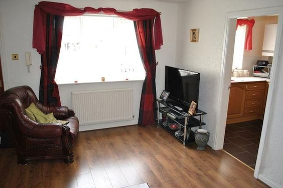 2 bedroom property for sale in Old Hall Road, Maghull, Liverpool L31 - 28865914