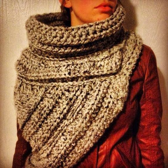 Oversized Cozy Crochet Scarf just like Katniss\'s in the opening ...