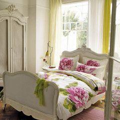 CHARLOTTENBERG BETTWÄSCHE, Designers Guild // Flower bed covers