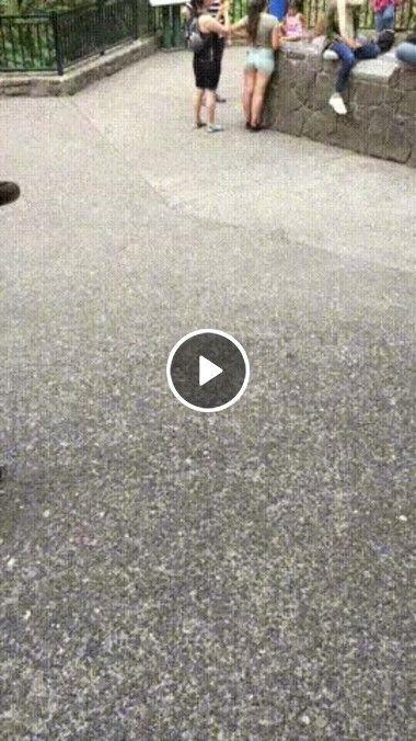 O chão se mexendo